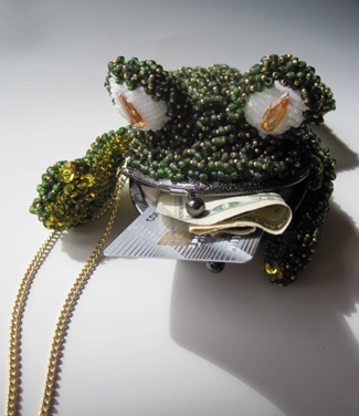 Beaded Frog Purse